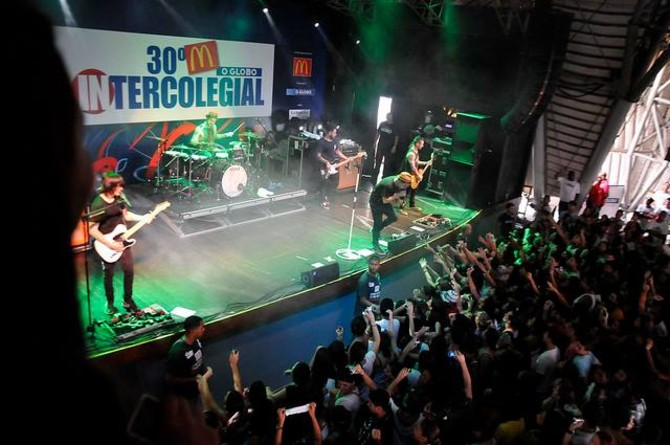 SHOW DO NX ZERO NA FESTA DE ENCERRAMENTO DO 30° INTERCOLEGIAL