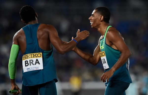 Crias do Intercolegial, atletas levam título no mundial do revezamento 4x100m